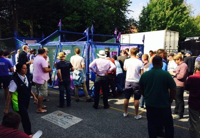 2014_09_05 Cricket Factory_Royal London_ODI_Headingley - 59